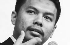 Ustaz Ahmad Syamil Bin Mohd Esa merupakan calon Sarjana Usul Fiqh Universiti Al-Azhar dan merupakan ahli Majlis Ulama Ikatan Muslimin Malaysia (ISMA). Pemegang anugerah Imam Syafie graduan Al-Azhar 2011 ini aktif menulis pandangan kritis beliau berkaitan fikrah, tarbawi dan dakwi di pelbagai medium termasuk blog, Facebook, Telegram dan di beberapa portal web.