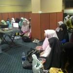 Muslimah Penentu Masa Depan Ummah