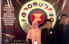 3 ahli ISMA Mesir martabatkan seni tulisan khat