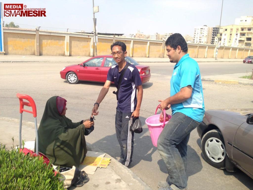 Isma Mesir agih daging korban kepada faqir miskin tempatan